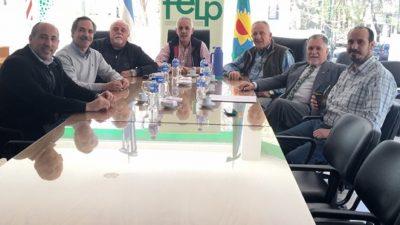 Arteaga y Crespo visitaron la FELP y llevaron propuestas para el desarrollo productivo de la ciudad