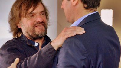 """Adicciones / Mosca con el padre Pepe coinciden en """"fortalecer los lugares de recuperación"""""""