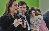 """Vidal visitó Castelli y se mostró con un intendente """"Peronista Renovador"""""""