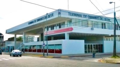 Culpan a Tagliaferro por el sorpresivo cierre de la nueva terminal de micros de Morón