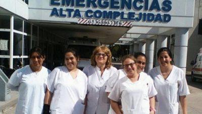 Los primeros egresados de enfermería en Castelli realizan prácticas en La Plata