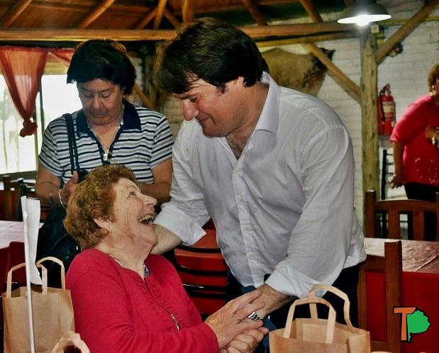 Gral Rodriguez / Kubar festejó con 500 abuelos