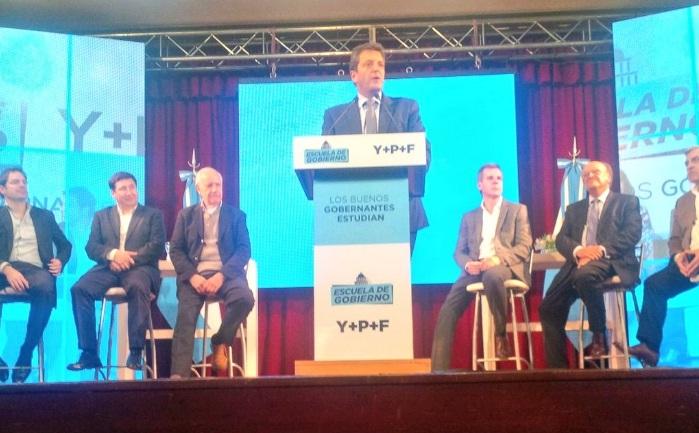 En Bahía, Massa y Lavagna lanzaron la Escuela de Gobierno para dirigentes de la provincia de Buenos Aires