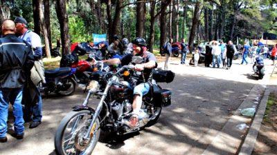 """Motoqueros de todo el país se reúnen en Necochea en el """"5° Motoencuentro Necomoto"""""""