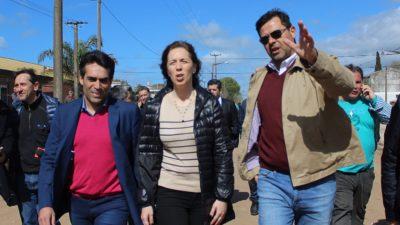 Necochea: López recibió a Vidal y caminaron la obra de pavimentación de la avenida 554