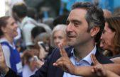 """Larroque le quiere """"mojar la oreja"""" a Julián Domínguez en su propia casa"""
