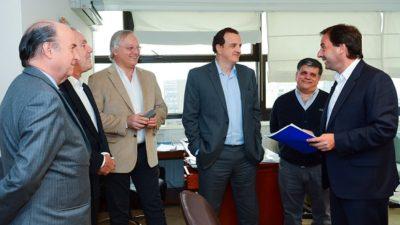 Escobar/ Sujarchuk festejó el traspaso de su municipio a AYSA y dejó el pésimo servicio de ABSA