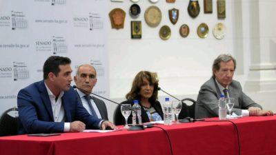 """Bautizaron el salón auditorio del anexo del senado provincial con el nombre """"Nunca Más"""" y recordaron al Fiscal Strassera"""