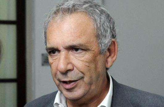 Cólon / el intendente Ricardo Casi anunció un bono de 2 mil pesos para los municipales