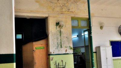 """Aseguran que Vidal """"esconde la crisis edilicia"""" en escuelas porque no tiene un plan de obras"""