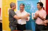 Pergamino / Martínez entregó más de 600 mil pesos para el Fondo de Promoción Cultural