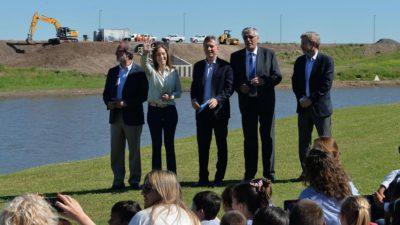 Vidal y Macri inauguraron la cuarta etapa de las obras en el Río Salado