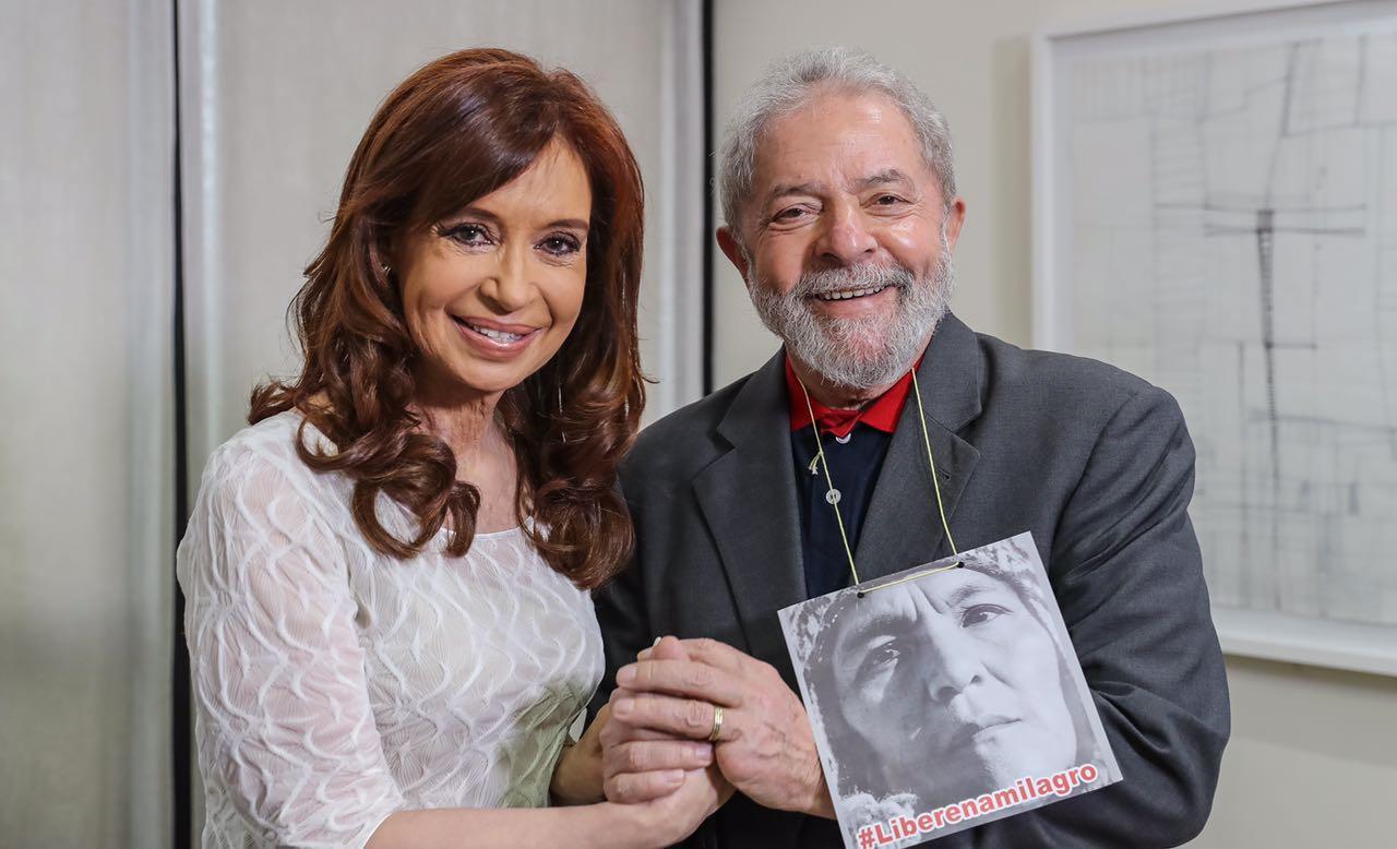 """Cristina y Lula con grandes críticas a los """"gobiernos de derecha"""" en Brasil y Argentina"""