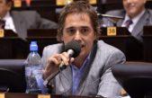 Lorenzino pide que den a conocer la letra chica de la venta de Edelap y Edea al grupo DESA