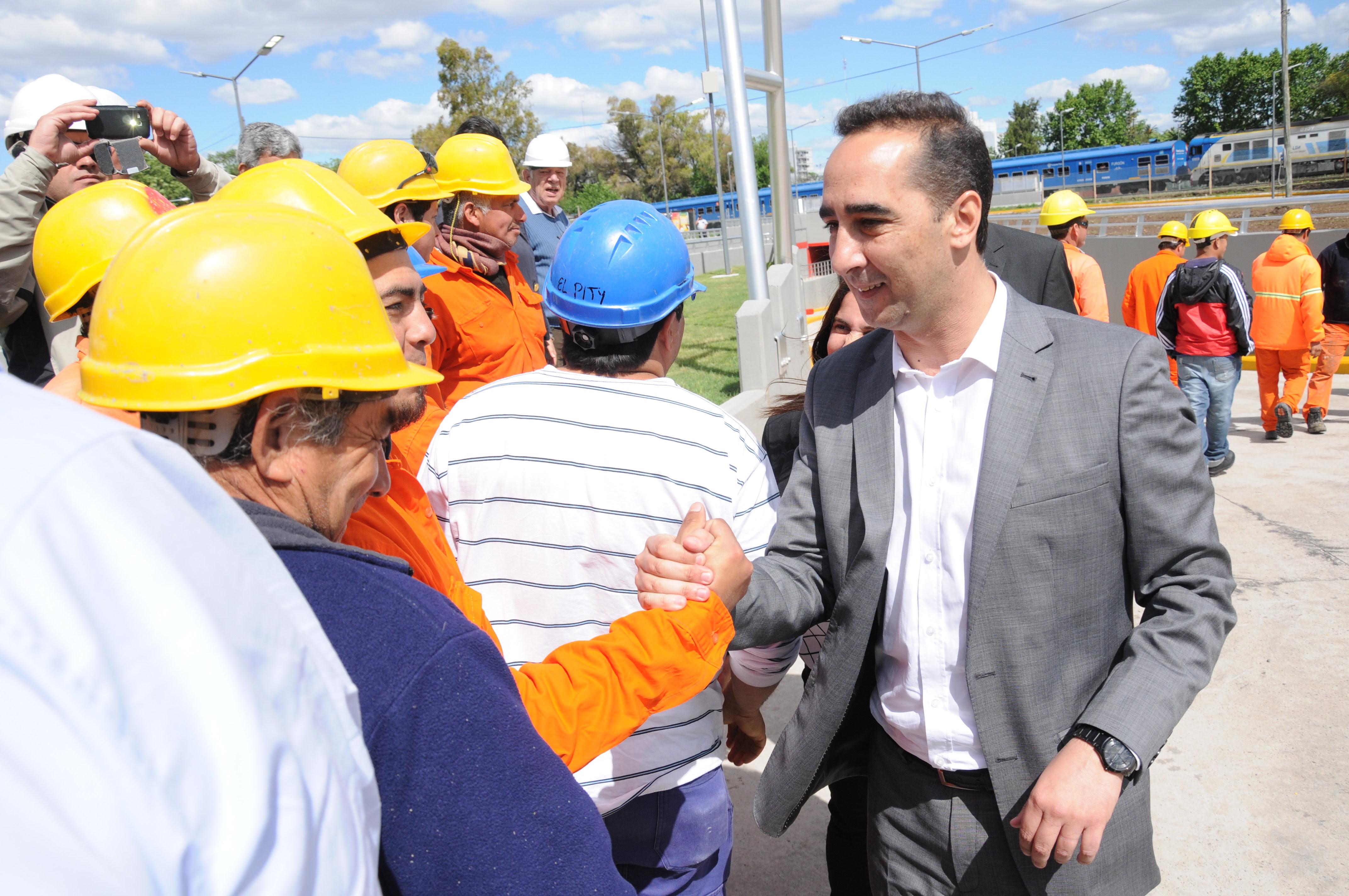 Morón/ Obras públicas: Eje de la gestión de Tagliaferro durante 2016