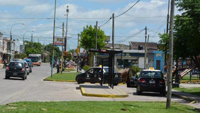 Berisso / Municipio y agencias acordaron reorganizar el funcionamiento de las paradas de taxis