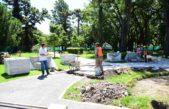 Escobar / Sujarchuk recorrió obras de pavimento y la puesta en valor de la plaza San Martín