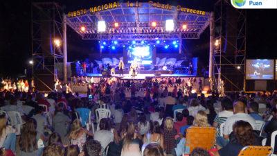 Axel, Agapornis y Las Pelotas hicieron vibrar la Fiesta de la Cebada Cervecera en Puan