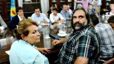 Provincia convocó la paritaria docente y los gremios advierten que reclamaran por lo perdido en 2016