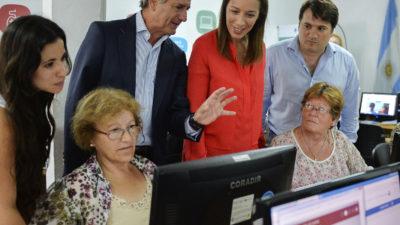 """Vidal e Ibarra visitaron un """"Punto Digital"""" en General Rodríguez"""