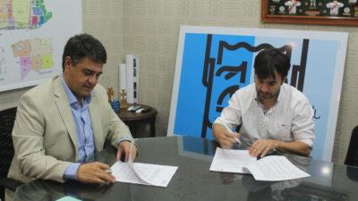 #LeydeHábitat / Echarren firmó con Macri un convenio para financiar obras de infraestructura en V. López