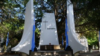 La Plata / Realizan homenaje por el 100° Aniversario del fallecimiento de Almafuerte