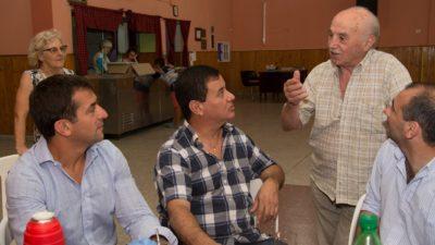 """San Vicente / Gribaudo con jubilados """"son un ejemplo, dejaron de trabajar pero no de soñar"""""""
