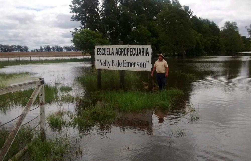 Villegas / Avanzan con la construcción de defensas contra inundaciones