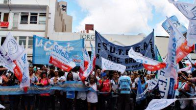 """Los docentes pidieron reunirse con Vidal como """"máxima responsable de la educación bonaerense"""""""