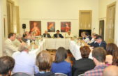 Sarquis definió con intendentes nuevas acciones para potenciar la agroindustria en el sudoeste