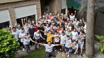 La Fundación Siemens y voluntarios realizaron mejoras en la Escuela Werner von Siemens