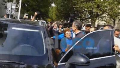 El presidente Macri insultado por vecinos en Tandil