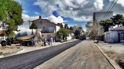 La Costa / De Jesus continúa con trabajos de pavimentación en diferentes localidades