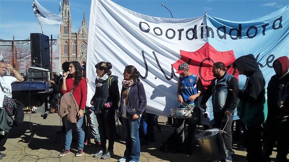 Organizaciones sociales marcharon a la Municipalidad de La Plata