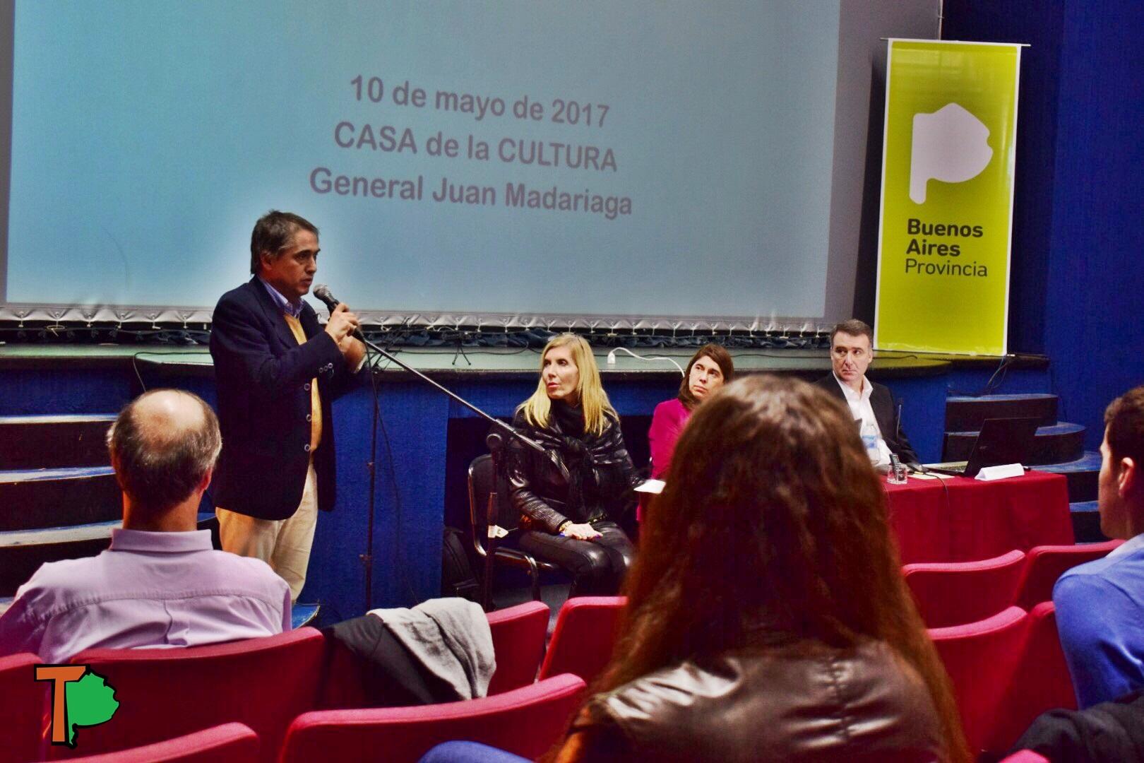 """Lorenzino en Madariaga: """"La única propuesta de Aubasa es instalar peajes para conseguir fondos"""""""