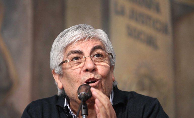 """Hugo Moyano criticó el quite de pensiones y calificó la medida como """"una aberración"""""""