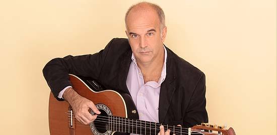Rojas / Se presenta en Rojas el guitarrista y compositor Esteban Morgado