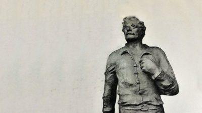 """""""El descamisado"""": Los trabajadores tendrán su monumento en la capital provincial"""