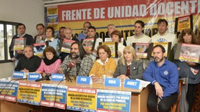 Los docentes concurren a una nueva reunión paritaria con condiciones para no ir al paro