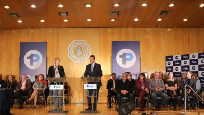 """Massa-Stolbizer toman las riendas de la """"transparencia"""" y obligan a sus legisladores a renunciar a los fueros"""