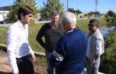 San Nicolás / El municipio firmó el contrato para entubar el zanjón a cielo abierto en la zona sur