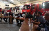 Mercedes / Ustarroz entregó 600 mil pesos a los bomberos para renovar el autobombas