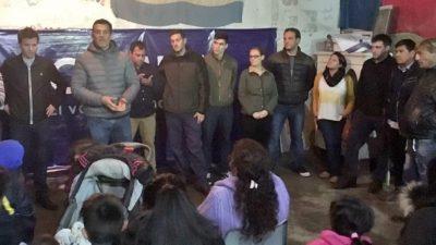 """La Plata / Chaves y Martelli visitaron el comedor infantil """"Juan Gabriel"""" en Altos de San Lorenzo"""