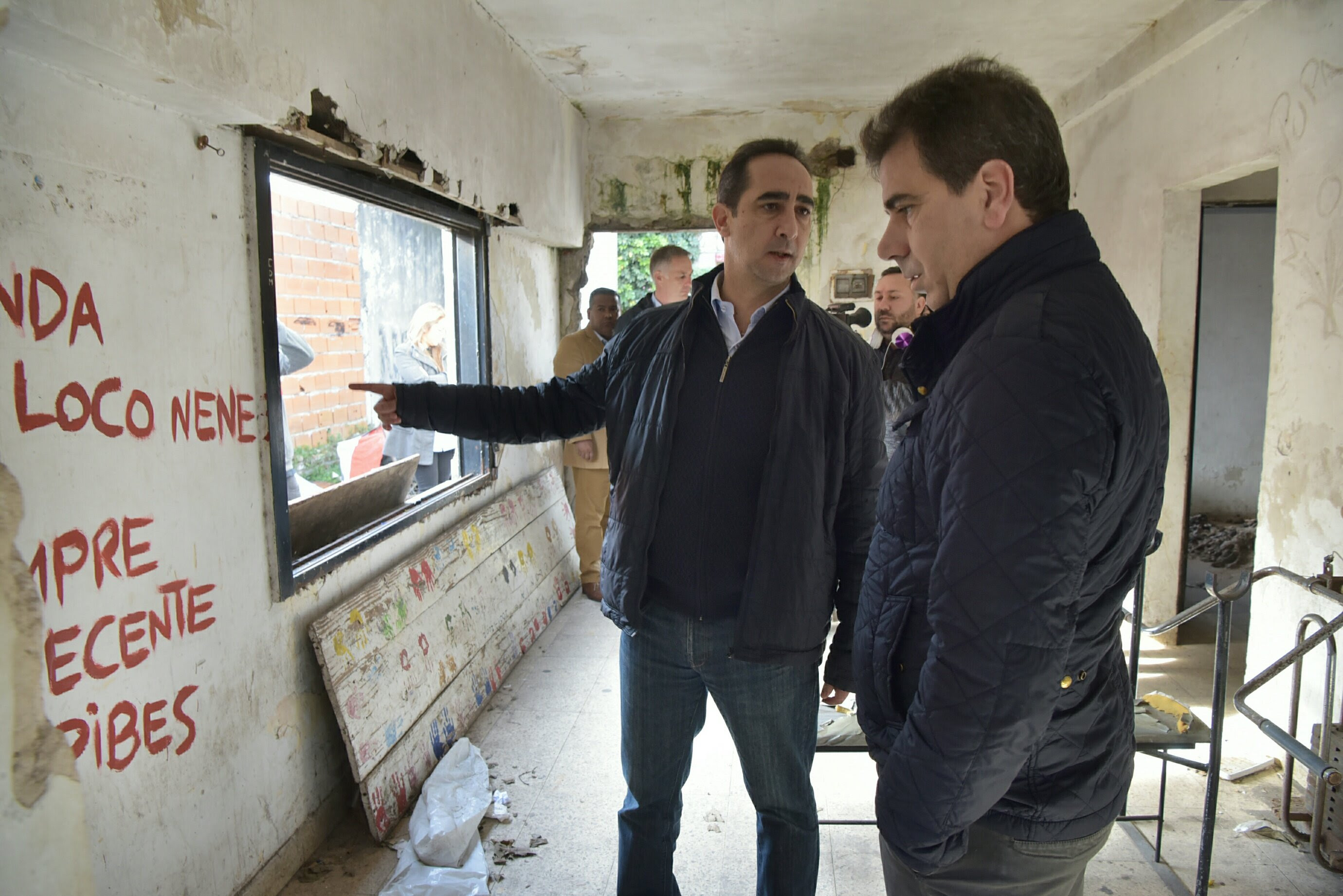 Ritondo y Tagliaferro demolieron un búnker de droga en Morón Sur