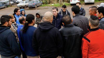 """E. Echeverría / Gray junto a los trabajadores de Adidas """"Voy a defender el trabajo argentino"""""""