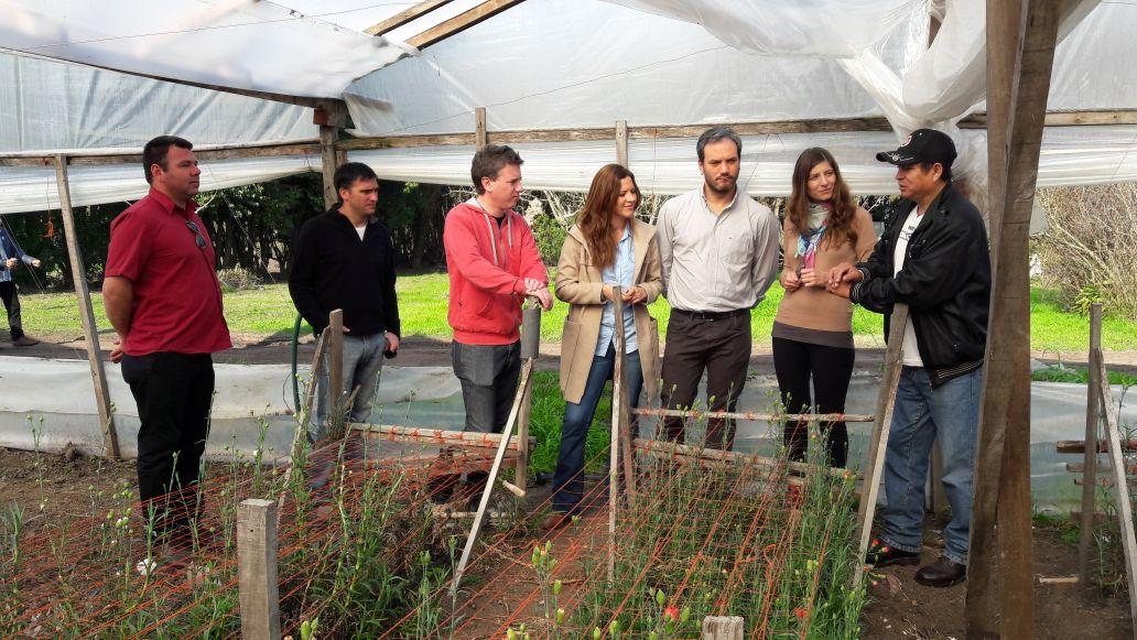La Plata / Zamarreño y Martelli dialogaron con productores de Colonia Urquiza