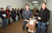 """Katopodis también votó y aseguró que """"Hoy la gente es la que habla"""""""