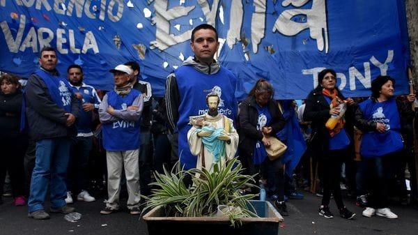 Movimientos-sociales-en-Acto-por-el-dia-de-San-Cayetano-en-Plaza-de-Mayo-1