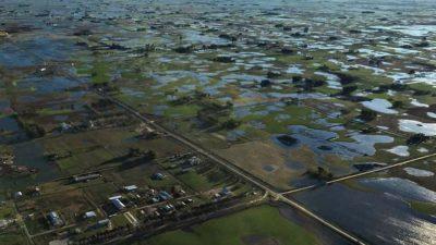 Fuertes inundaciones en el centro de la Provincia: aseguran que no afecta ningún casco urbano