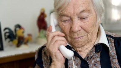 """El """"cuento del tío"""" que hace desastres en Madariaga: llaman a abuelos y les dicen que se les vencen los billetes"""